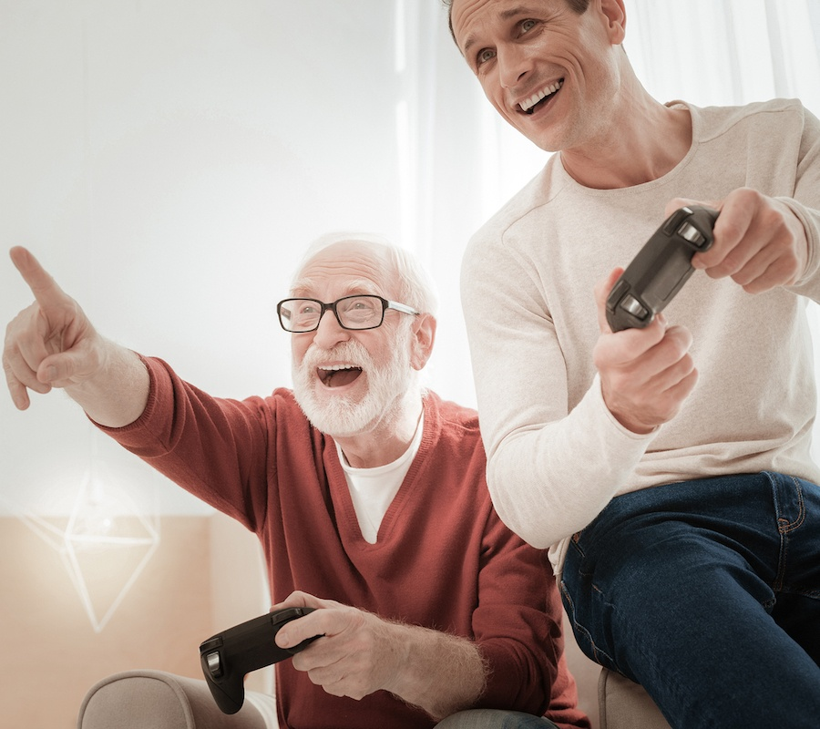 How Playing Video Games Can Benefit an Aging Population
